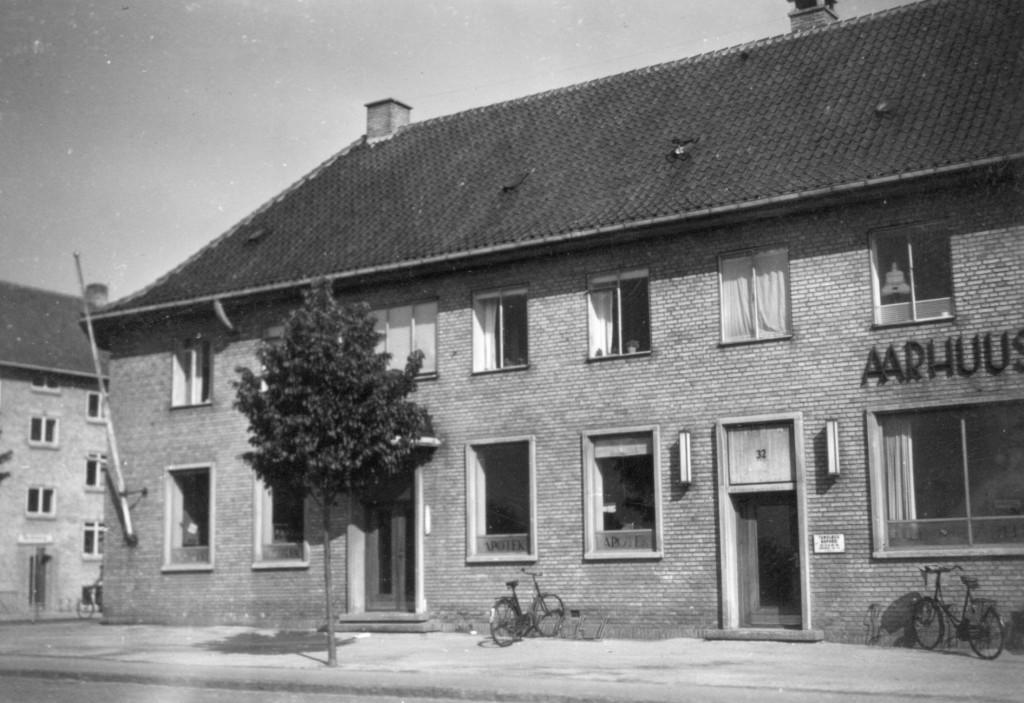 Viby Apotek på Kongevej ca. 1950