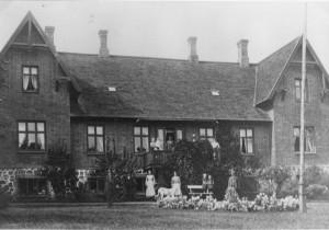 Fredensgården fra havesiden 1905